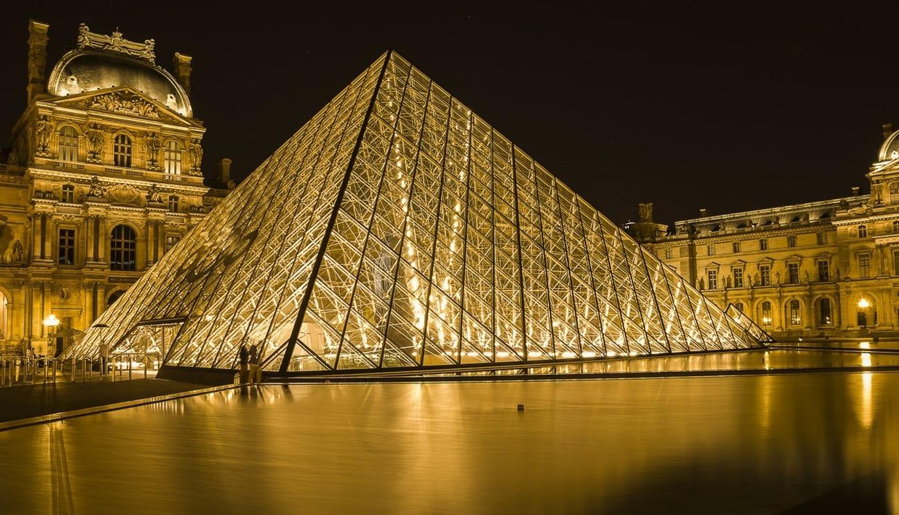 Passé-Présent : Libre regard sur l'Histoire de France (2/8)