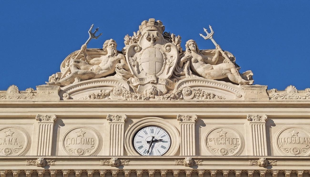 La Croix et la République: Le combat du Père Cormier pour la liberté religieuse à Marseille